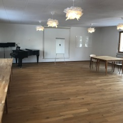 Tanzsaal 100m2 mit schönem Holzparkett